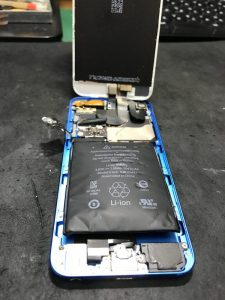 iPod Touch5バッテリー膨張